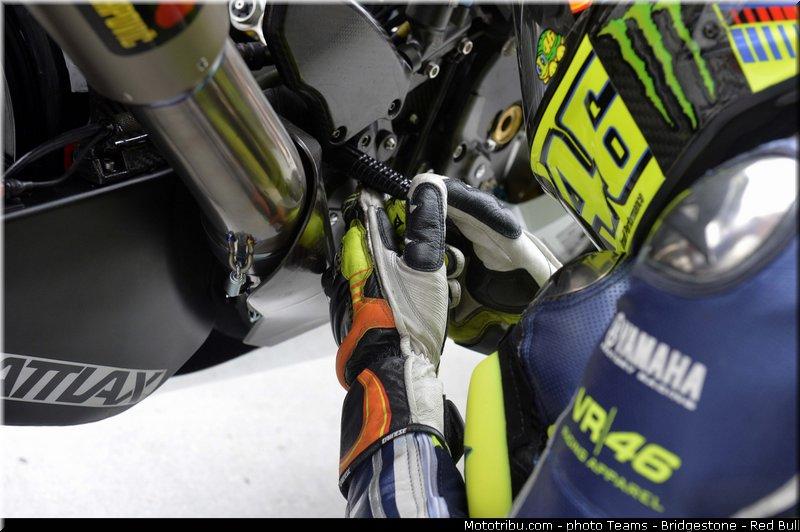 le Moto GP en PHOTOS - Page 3 Motogp_rossi_021_malaisie_sepang_2013