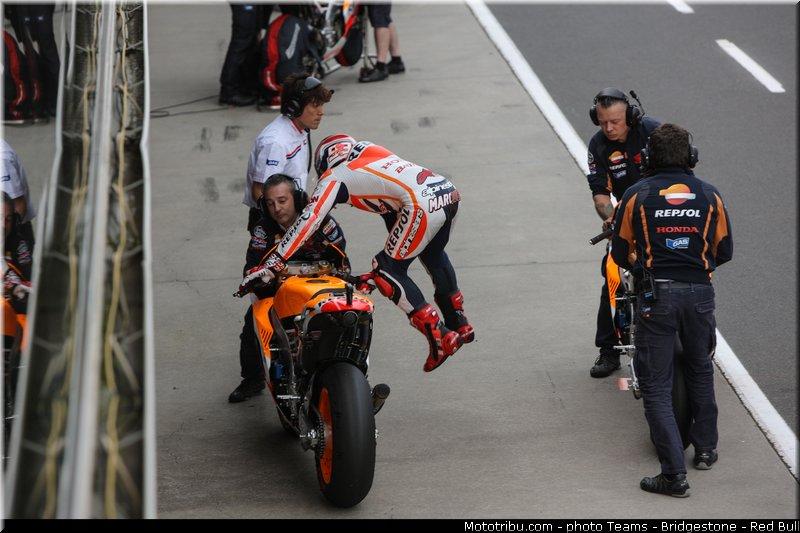le Moto GP en PHOTOS - Page 3 Motogp_marquez_0038_australie_philip_island_2013