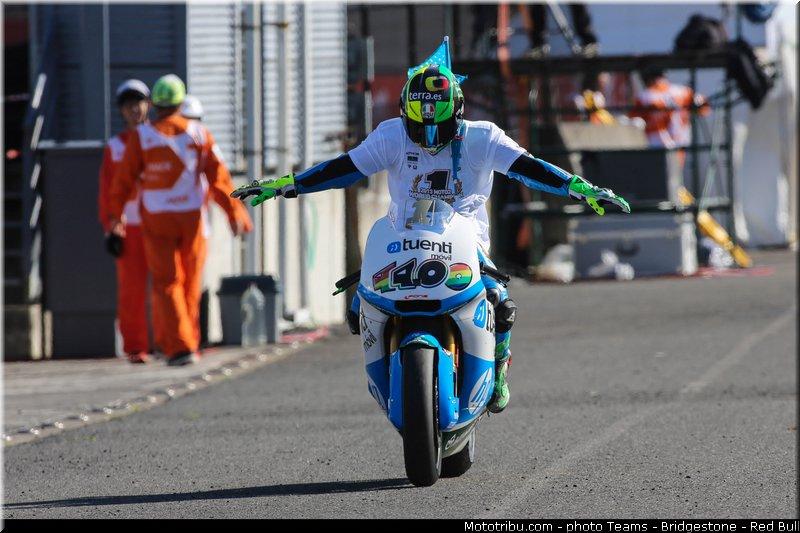le Moto GP en PHOTOS - Page 3 Moto2_espargaro_p_037_japon_motegi_2013