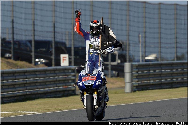 le Moto GP en PHOTOS - Page 3 Motogp_lorenzo_006_japon_motegi_2013