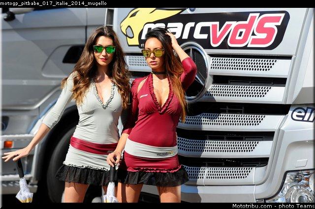le Moto GP en PHOTOS - Page 3 Motogp_pitbabe_017_italie_2014_mugello