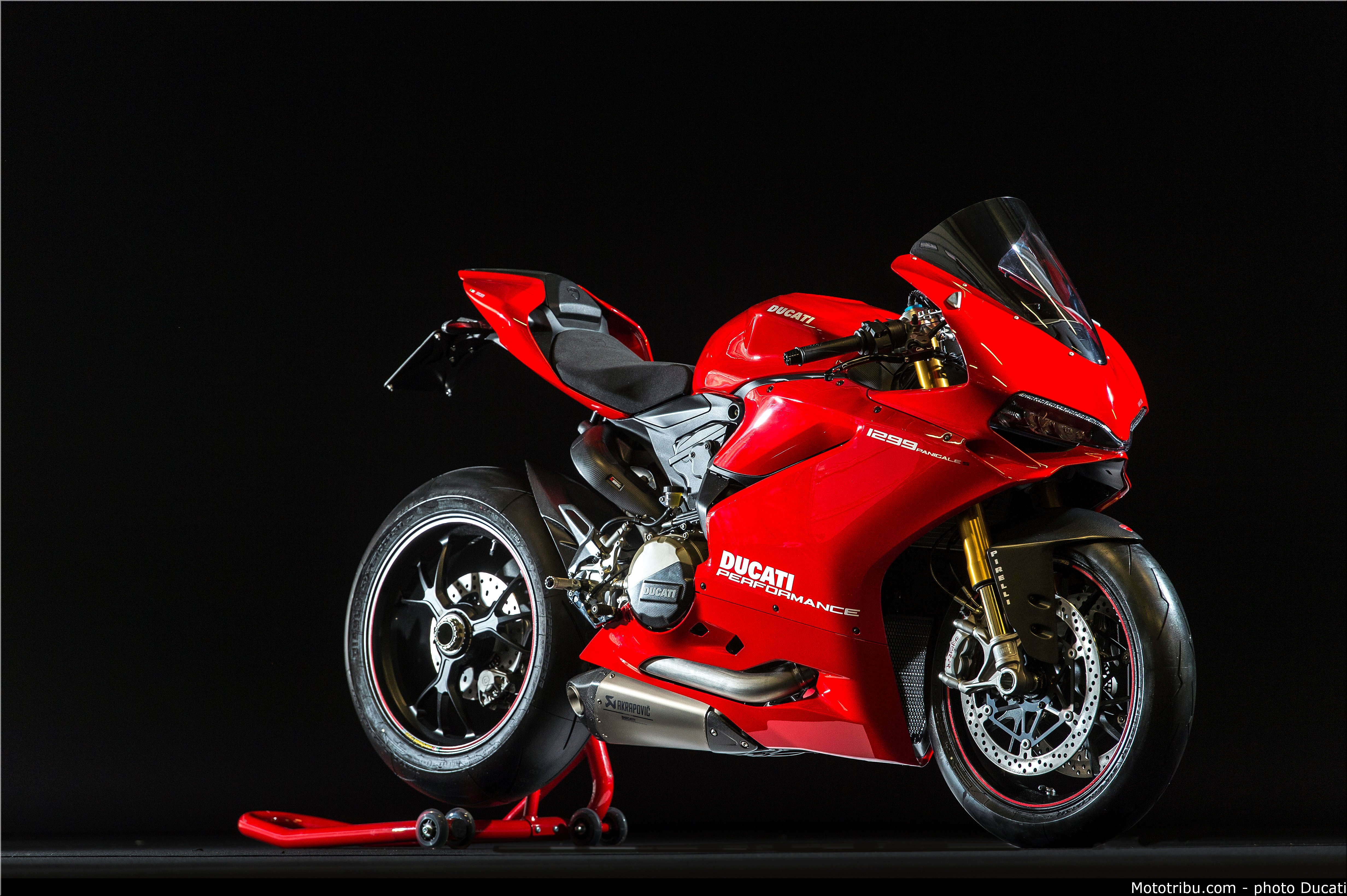 Ducati Panigale 1299 S [4,928 X 3,280] [OS] : MotorcyclePorn